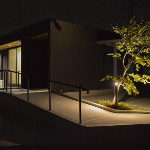 鶴生田の家 / Vintage House