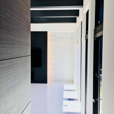 U-shaped house – 中庭のある平屋完成見学会